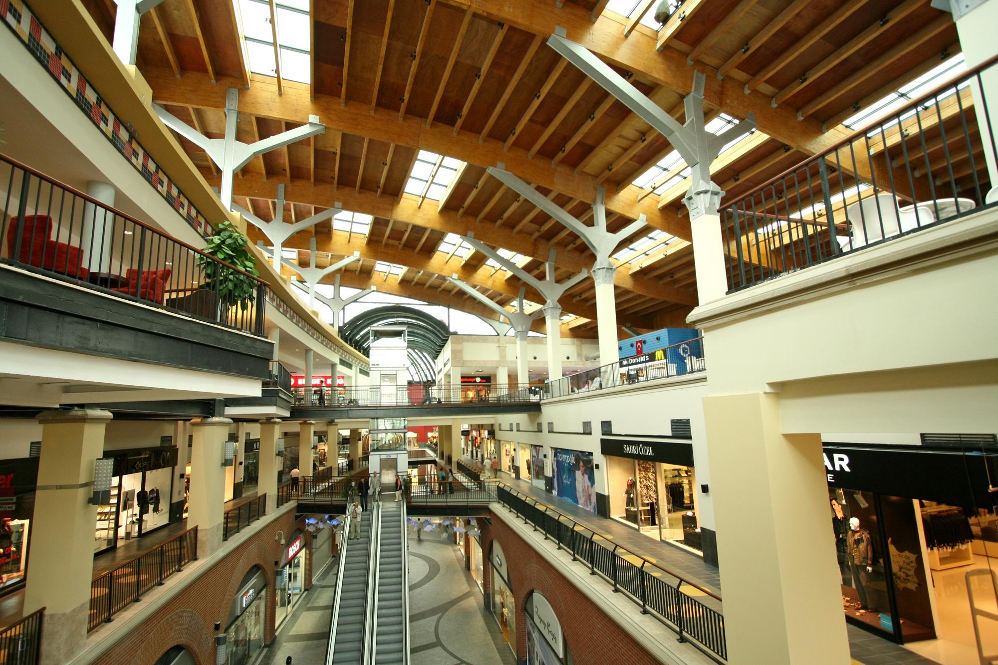 shopping mall experience essay